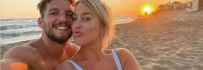 La moglie di Mertens e il body shaming: «Non vergognatevi del seno grande»