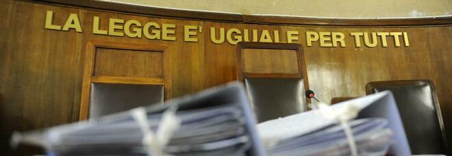 Falso reddito per non pagare l'avvocato: novemila euro di multa