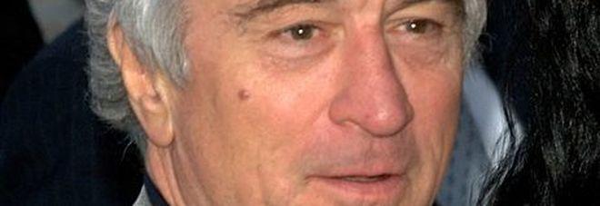 Robert De Niro, causa da sei milioni di dollari alla sua assistente: «Stava troppo su Netflix»