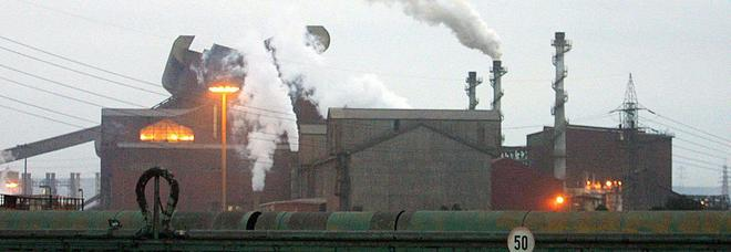 Ilva, esuberi e altoforni: la doppia partita goerno-ArcelorMittal