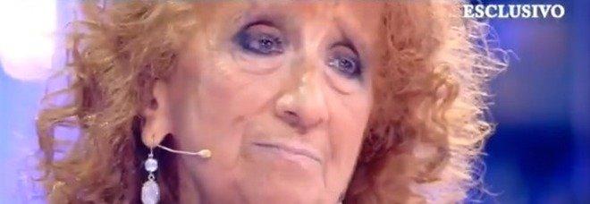 Domenica Live, Anna Mazzamauro: «Accettare di essere definita un c...o di donna non è facile»