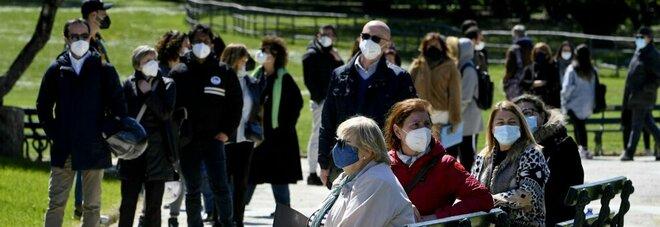 AstraZeneca, la Campania è nel caos: Benevento senza dosi dopo lo stop agli under 60