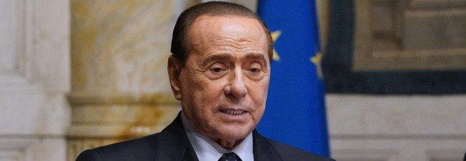 Berlusconi: «Amo talmente Milano che a volte tifo Inter»
