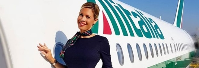 ​Laura, hostess influencer: «In due anni sono diventata l'assistente di volo più nota al mondo»