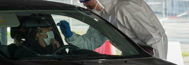 Covid a Torre del Greco, volontari in aiuto dei sanitari nella gestione dei drive in