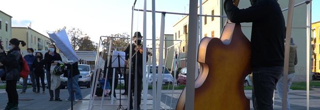 musicisti in gabbia