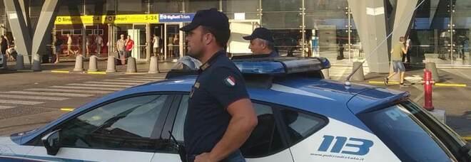 Viola il divieto d'accesso in aree urbane, 43enne denunciato dalla polizia a Napoli