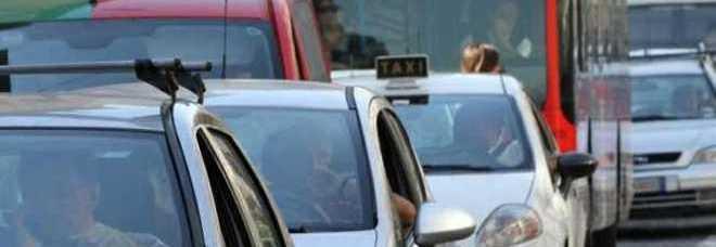 ff6319a610 Aumento bollo auto in Campania Corsa al pagamento anticipato | Il ...