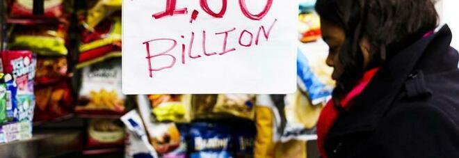 Donna vince 48 milioni di dollari alla lotteria con i numeri che suo marito ha sognato 20 anni fa