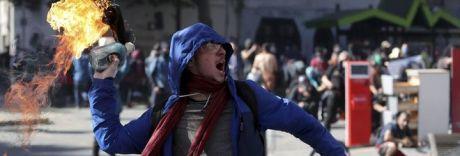 Dal Cile al Venezuela, il Sudamerica è un continente in fiamme
