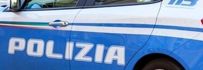 Afragola, blitz della polizia: arrestato rapinatore armato di pistola