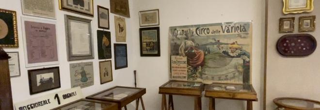 Napoli, la collezione Bonelli racconta Materdei: «Non c'è solo il tabaccaio fuggito col biglietto»