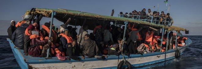 Barca si rovescia in Sudan, 24 bambini muoiono annegati