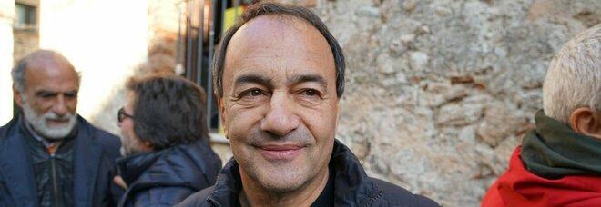 Mimmo Lucano, il pm chiede una condanna a 7 anni per truffa e favoreggiamento dell'immigrazione clandestina