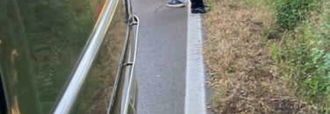 Choc sulla Fondi-Sperlonga, trovato un cadavere: forse travolto da un camion