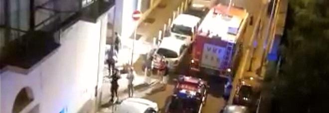 Bomba a Torre Annunziata: l'ordigno della camorra sotto la casa dei pusher