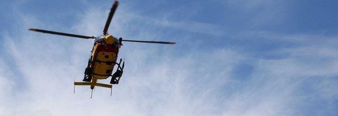 Elicottero Monte Bianco : Gli rubano le scarpe sul monte bianco evacuato in