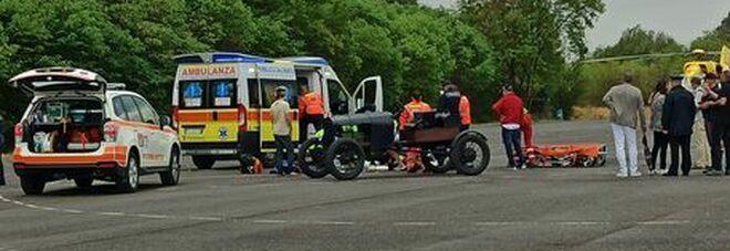 Brescia, incidente durante la rievocazione di auto d'epoca: muore appassionata di motori di 42 anni