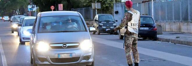 Lockdown ad Arzano, De Luca proroga la zona rossa fino al 4 novembre: negozi chiusi e divieto di mobilità
