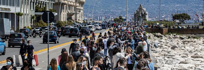 Covid in Campania, il pasticcio dei dati: non cancellati 56mila ex positivi