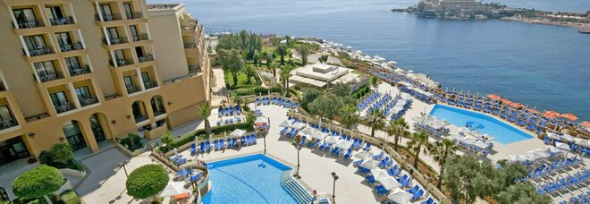 Coronavirus a Malta, focolaio tra gli studenti: «Domani il rimpatrio dai Covid hotel»