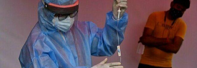 Fungo nero, allarme India: 45.000 contagi in due mesi e 4.200 morti. Dichiarato stato di epidemia