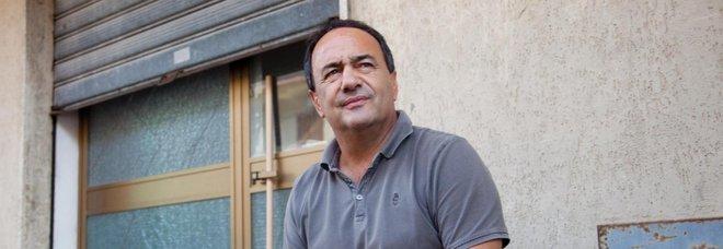 Il sindaco Lucano lascia Riace: «Non so dove andrò»
