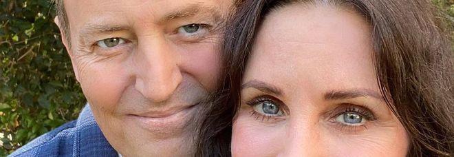 Courteney Cox e Matthew Perry, la foto di Monica e Chandler fa impazzire i fan di Friends