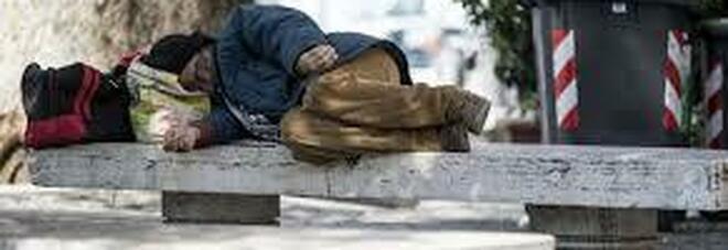 L'idea nel Napoletano: una strada finta per iscrivere all'anagrafe i senzatetto