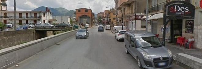 Ruba due veicoli in due giorni, fermato dopo due inseguimenti: 51enne nei guai