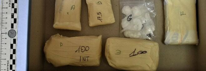A1 Napoli-Roma, sequestrati 205 chili di cocaina per un valore di 7 milioni