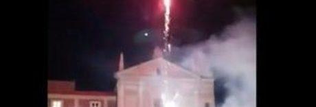 Marcianise, fuochi d'artificio per la sfiducia al sindaco Velardi