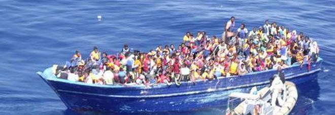 Altri 1000 profughi alla deriva su diversi barconi: nuovi soccorsi