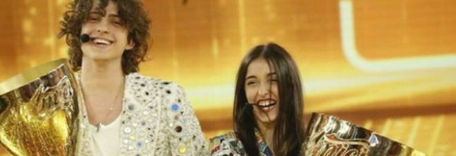 Giulia Stabile, la star di Amici: «Accettiamoci come siamo». E Sangiovanni fa impazzire i fan: «Quanto sei bella»