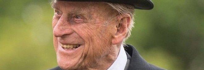 Il principe Filippo ha un'infezione: dovrà restare ricoverato in ospedale. Il bollettino ufficiale