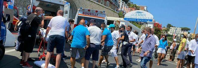 Capri, un morto e quattro feriti gravi: anche gli altri 24 pazienti saranno trasferiti a Napoli