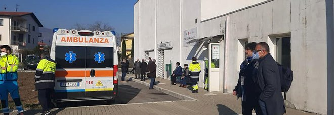 Covid a Cervinara, 32 nuovi contagi e il sindaco chiude le scuole fino al 24