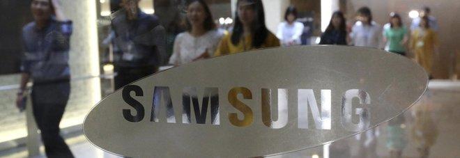 Samsung, utili da record: per la prima volta potrebbe sorpassare Apple