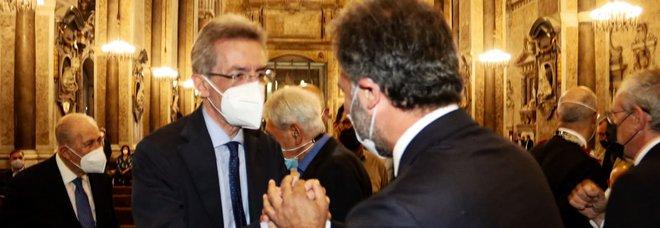 Comunali a Napoli, nuovo duello tra Manfredi e Maresca sulle liste pulite