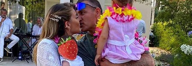 Costanza caracciol, Bobo Vieri e le figlie Stella e Isabel (Instagram)