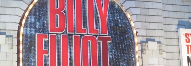 Billy Elliot, il musical sospeso dal teatro: «Fa propaganda gay e corrompe i giovanissimi»
