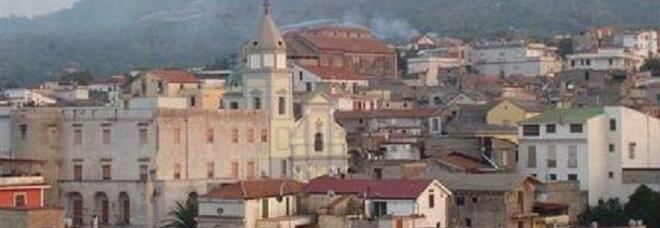Una veduta del borgo aragonese del Casamale