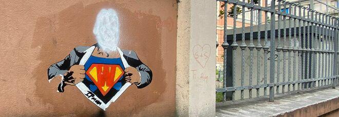 Vernice bianca sul murale dedicato a Willy prima del processo: sfregio a Pescara. Lo street artist: «Lo rifarò a Roma»