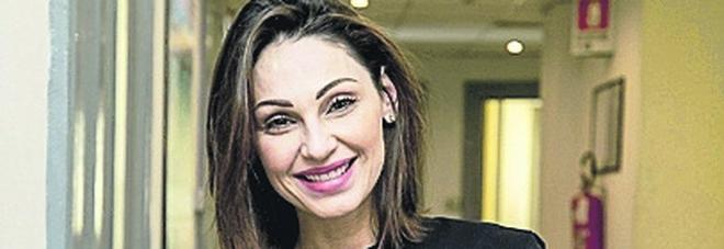 Prevenzione contro il melanoma: Anna Tatangelo testimonial a Napoli