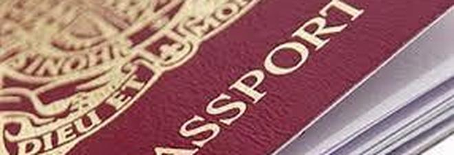 Passaporti falsi del regno unito in vendita a napoli sul for Unito lettere