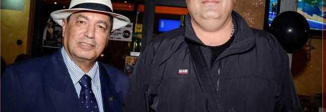 """Bolognino Michele con Abdelgawad Ibrahim Ahmed all'interno ristorante """"Ariete"""" a Parma"""