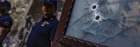 Incubo stese, Napoli in ostaggio: due clan in lotta seminano la paura