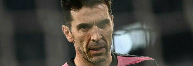 Juve, allarme portieri: Buffon squalificato e paura per Szczesny. Possibile focolaio Covid in nazionale
