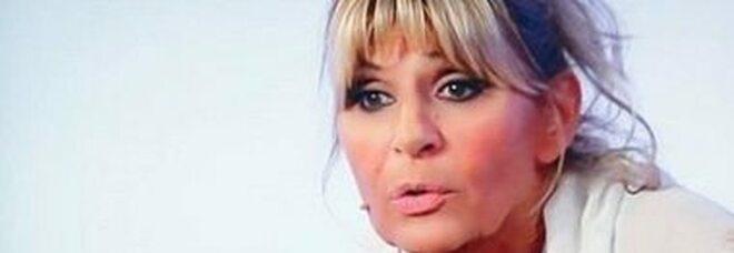 Gemma Galgani si è rifatta il seno, il nuovo intervento della Dama