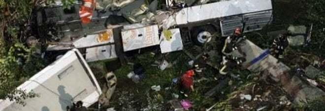 Strage del bus, le Autostrade devono risarcire i familiari delle vittime
